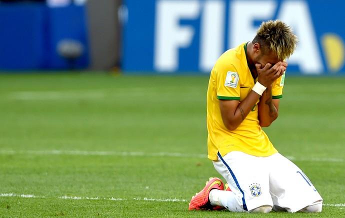Neymar comemoração Brasil (Foto: Mowa Press)